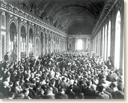 Signing The Treaty Of Versailles 1919